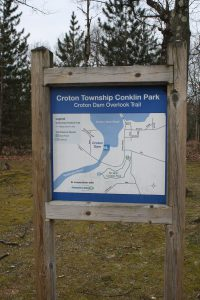 conklin park croton dam overlook trail sign