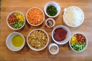 Guiso ingredients in bowls